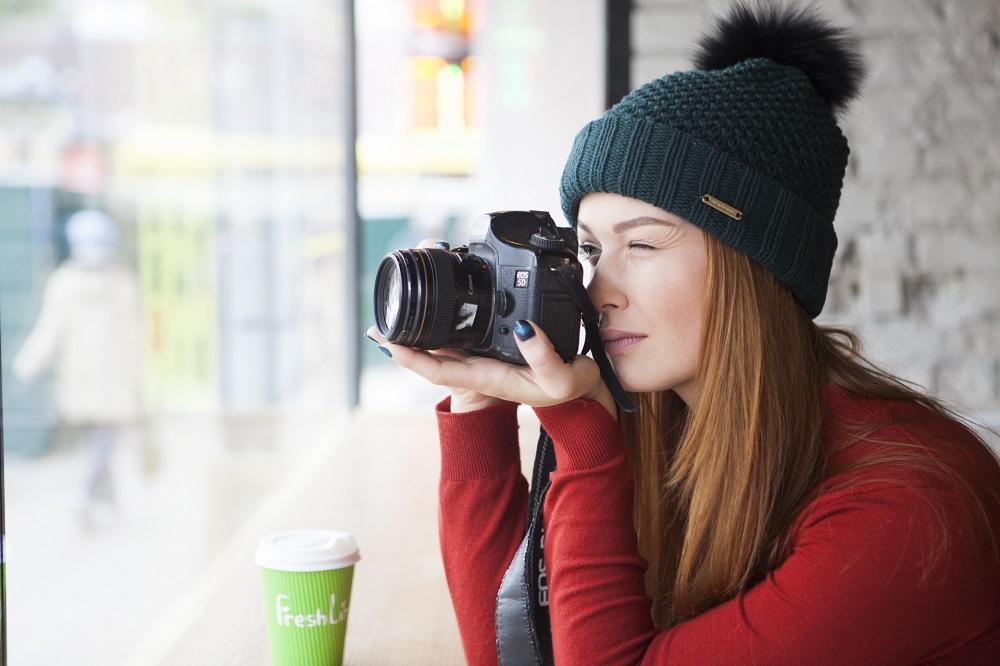 一眼レフカメラで撮影時に手ぶれをしないで撮るコツとは?